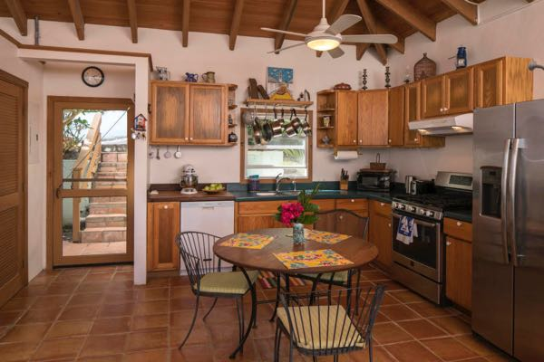 On the Market: Great Island Home in Fish Bay 4