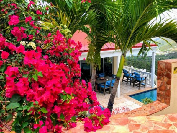 Real Estate Spotlight: A Perfect Space to Share with Friends at Blue Palm Villa 2